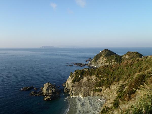 佐田岬半島の白灯台駐車場付近
