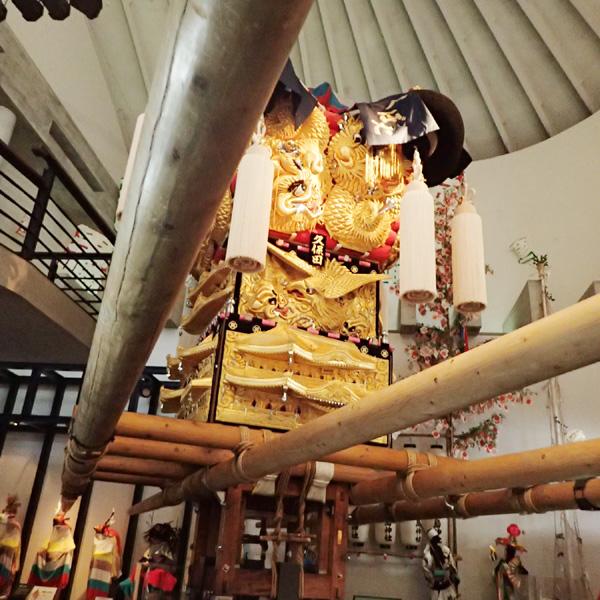 愛媛県歴史文化博物館の1階常設展示