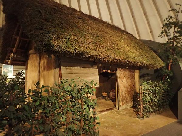 中世民衆の住居