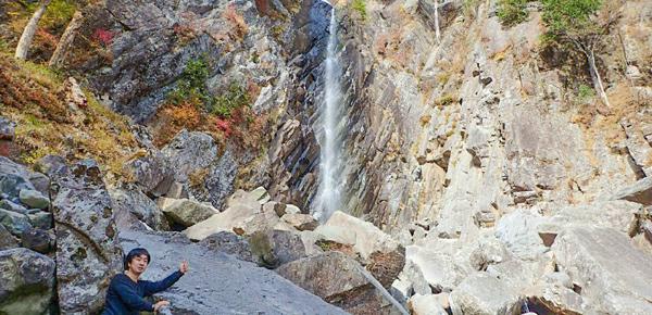 御来光の滝で自撮り