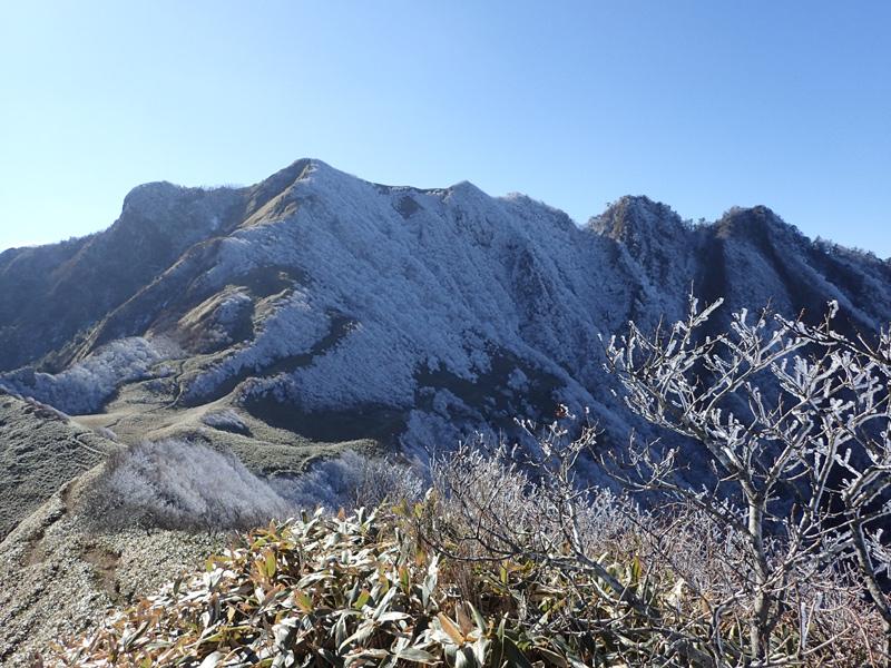 冬の伊予富士登頂