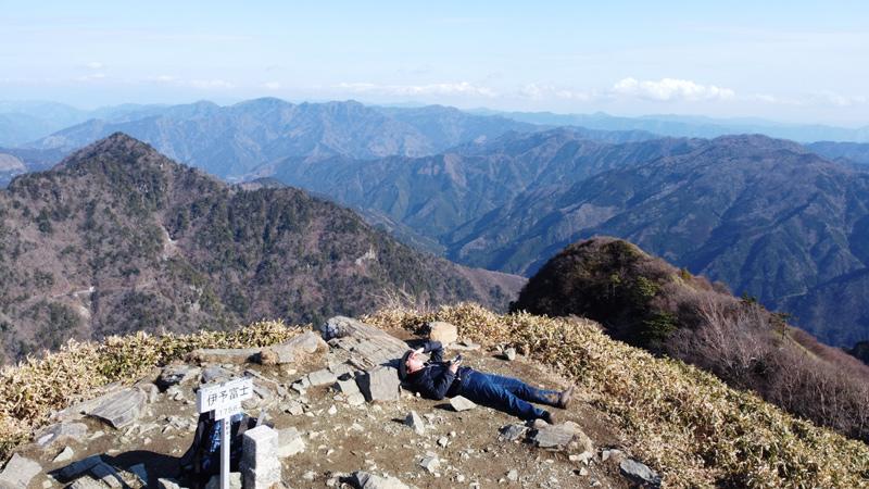 伊予富士山頂からの眺め
