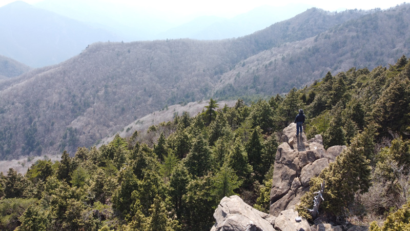 東赤石山系の眺め